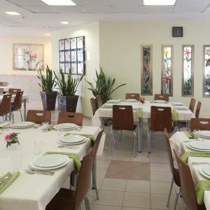 חדר האוכל.